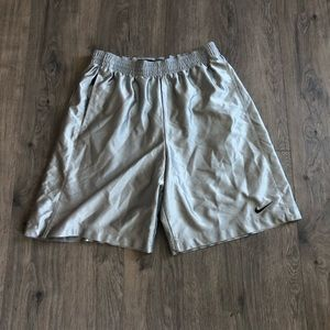 Men's XL Nike Classic Basketball Shorts